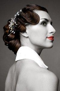 Фото 2. Как сделать причёску в стиле 40-х годов?